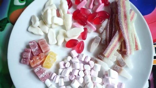 Слайм из конфет Тэффи
