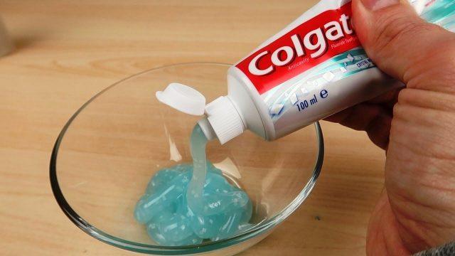 Слайм с зубной пастой